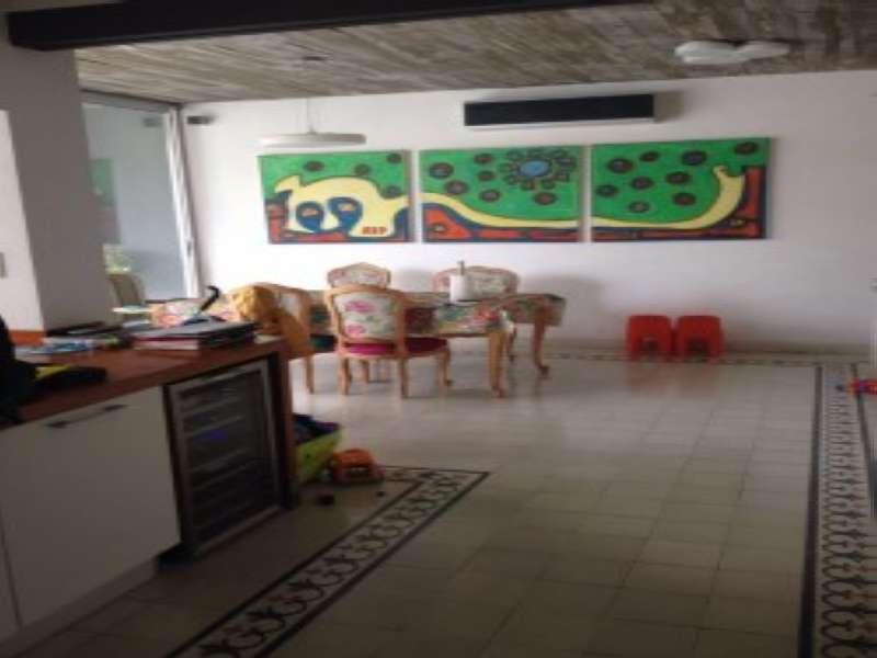 Villa Cabrera Casa a nuevo de 3 dorm en Argentina Vende