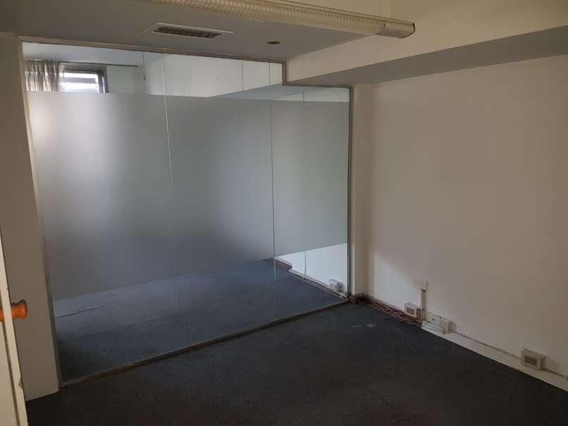 Oficina Centro OPORTUNIDAD! 100 m2 cubiertos en P.A de un edificio 100m2