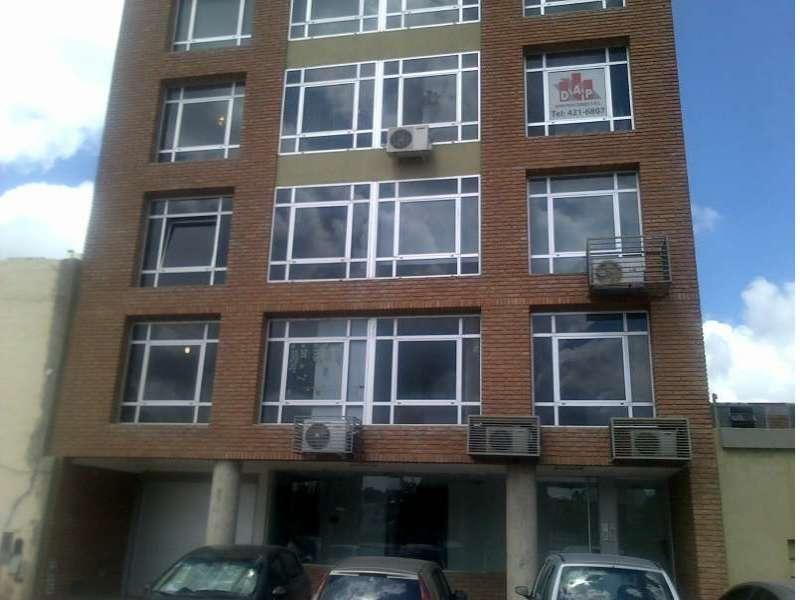Oficina comercial de 90 m2 CON FINANCIACION PROPIA.