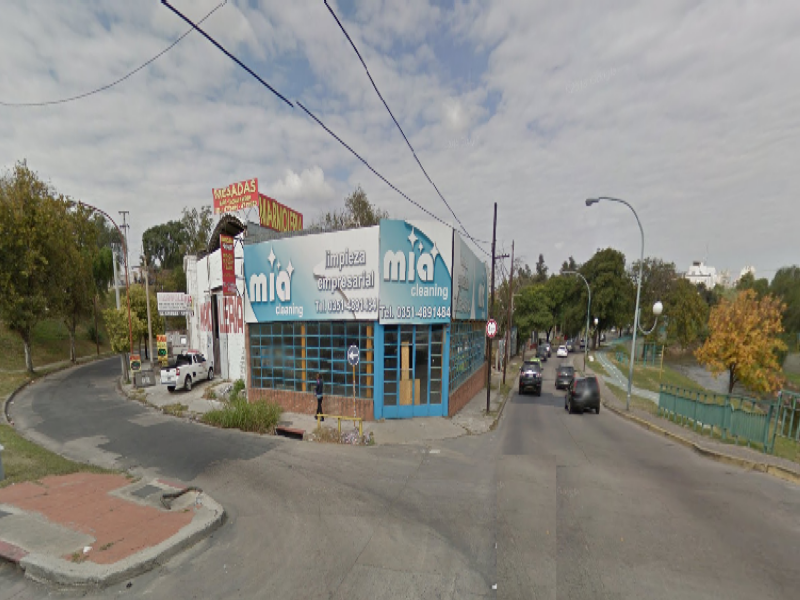 Local en Costanera Alq. $9500